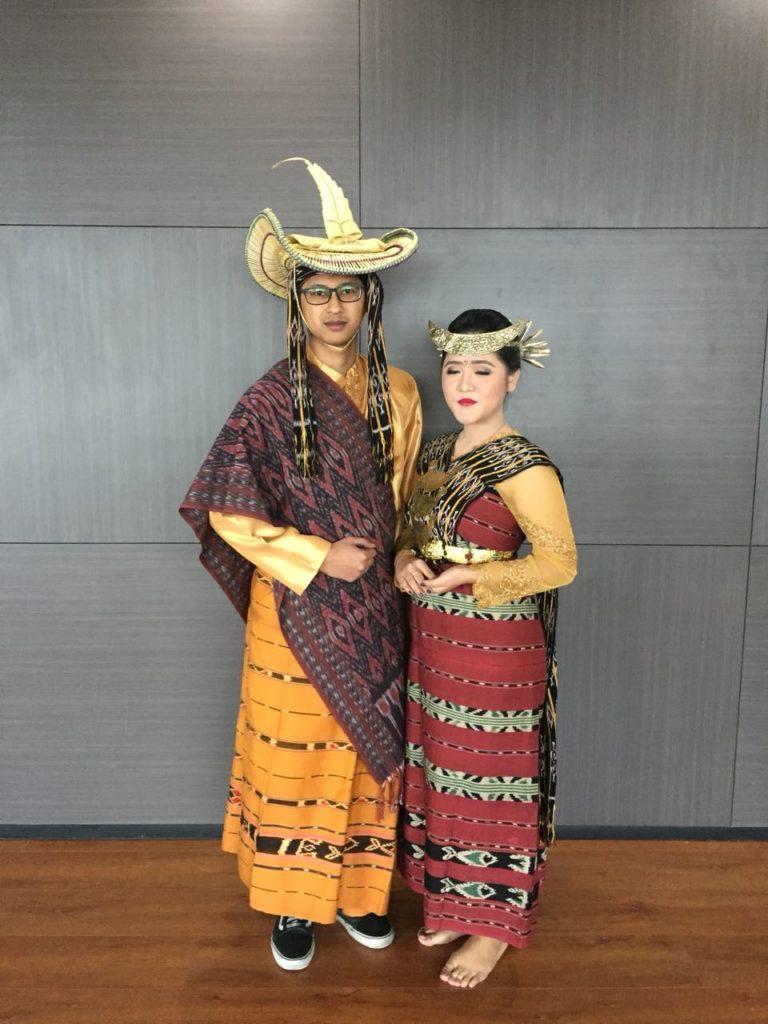 Baju Adat Nusa Tenggara Timur